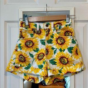 Sunflower print jean shorts American Apparel 26/27